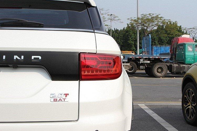 Gia re bat ngo chi 420 trieu dong, 'Range Rover Evoque' chay hang hinh anh 6