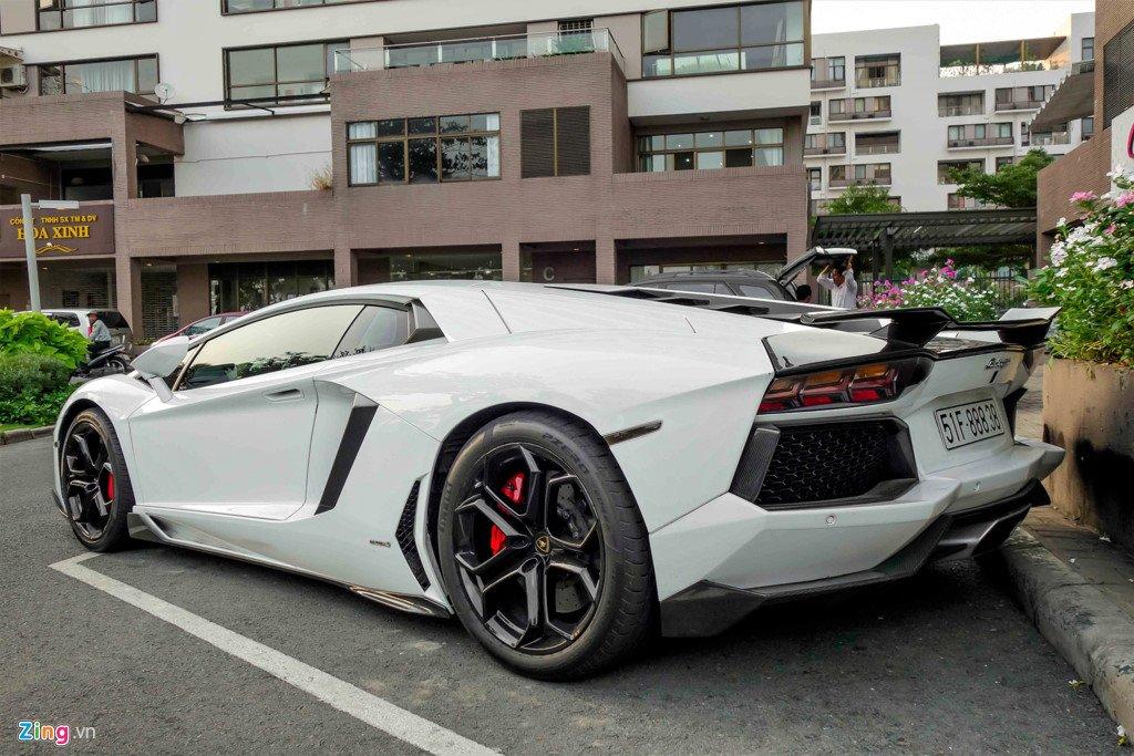 Lamborghini Aventador chinh hang duy nhat Viet Nam do ham ho hinh anh 4