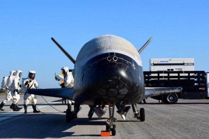Kham pha hanh trinh thuc hien su menh toi mat cua phi co X-37B hinh anh 1