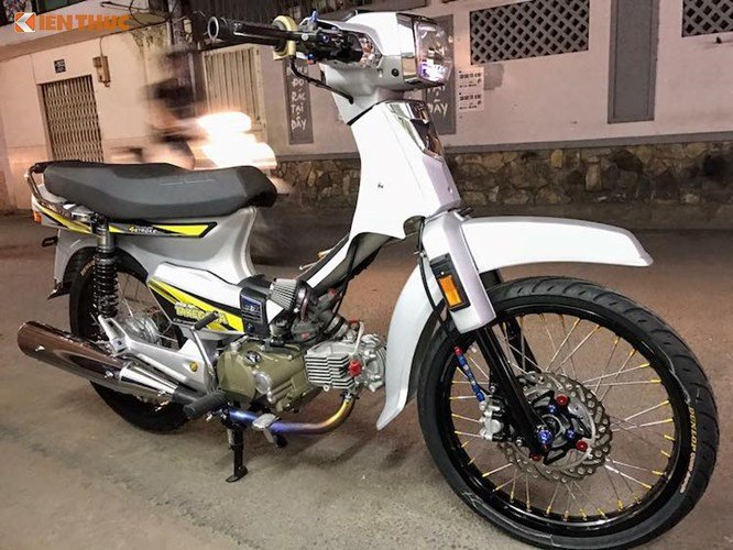 Honda Dream II do hon 200 trieu dong o Viet Nam hinh anh 7