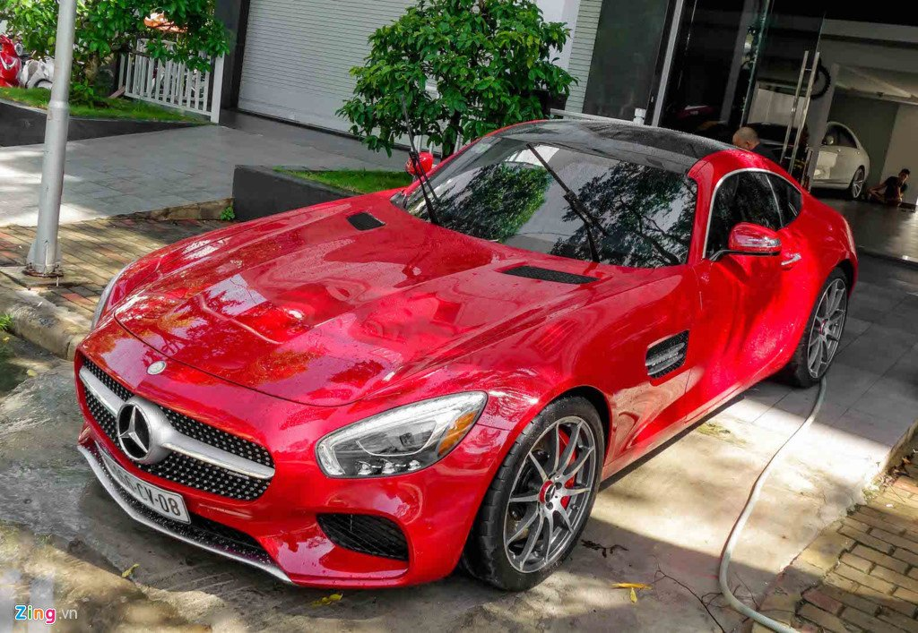 Cuong Do La chi 8 ty dong mua them sieu xe Mercedes GT hinh anh 5