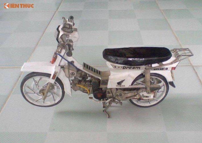 Ngo ngang Honda Dream II lam tu 'giay vun' tai Viet Nam hinh anh 1