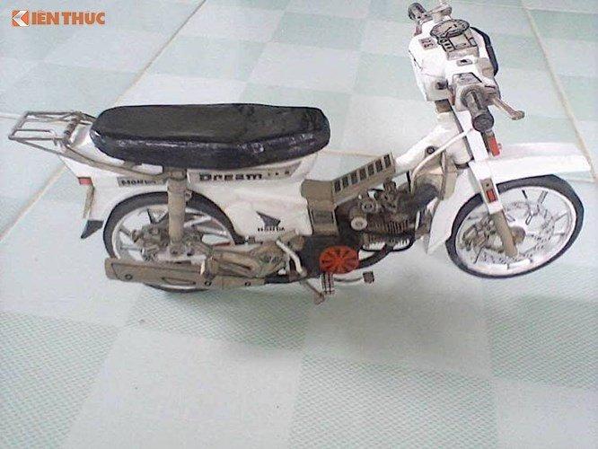 Ngo ngang Honda Dream II lam tu 'giay vun' tai Viet Nam hinh anh 3