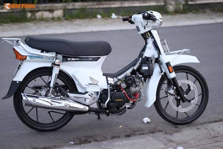 Ngo ngang Honda Dream II lam tu 'giay vun' tai Viet Nam hinh anh 7