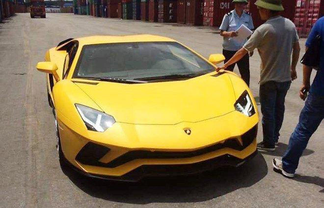 Lamborghini Aventador S dau tien ve Viet Nam hinh anh 1