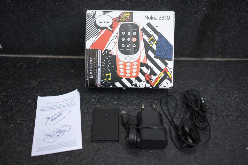 Mo hop Nokia 3310 gia hon mot trieu dong o Viet Nam hinh anh 3