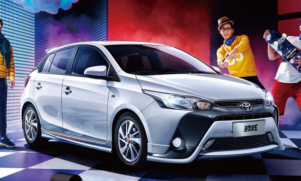 Toyota Yaris 2017 chot gia chi tu 303 trieu dong hinh anh 1