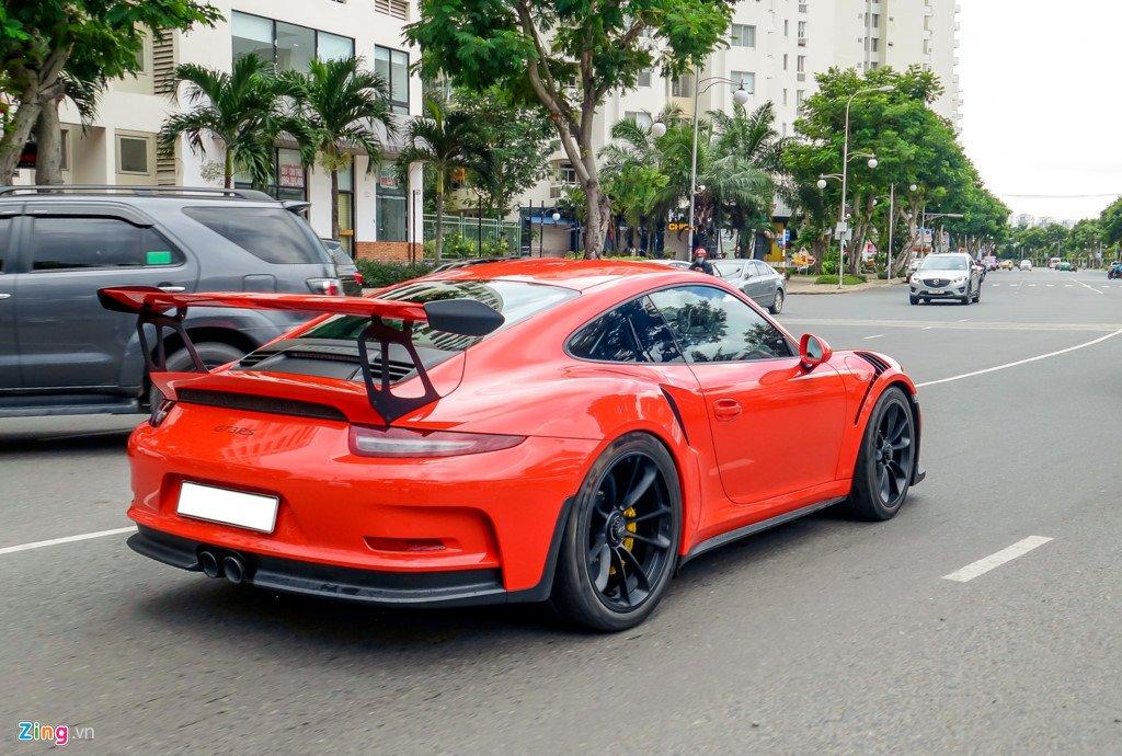 Cuong Do La tu tay rua Porsche 911 GT3 moi tau hinh anh 8