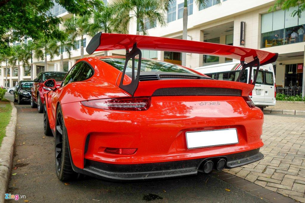 Cuong Do La tu tay rua Porsche 911 GT3 moi tau hinh anh 2