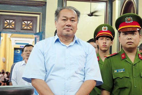 Bo nhiem trai quy dinh ong Pham Cong Danh: Truy trach nhiem nguòi phe chuan hinh anh 1