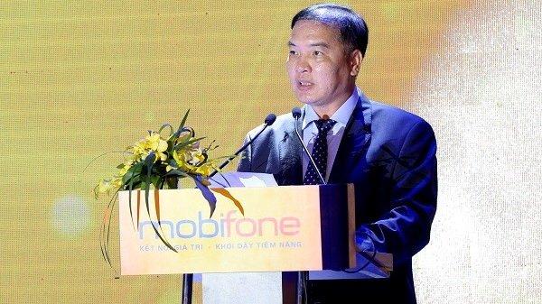 Dieu chuyen Chu tich HDTV Tong cong ty MobiFone Le Nam Tra ve Bo TT&TT hinh anh 1