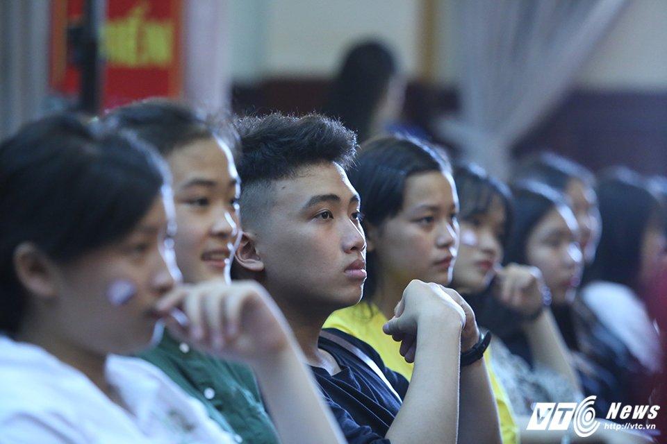 Gan 1.000 hoc sinh hao huc tham du 'Ngay hoi chinh phuc AJC' hinh anh 3