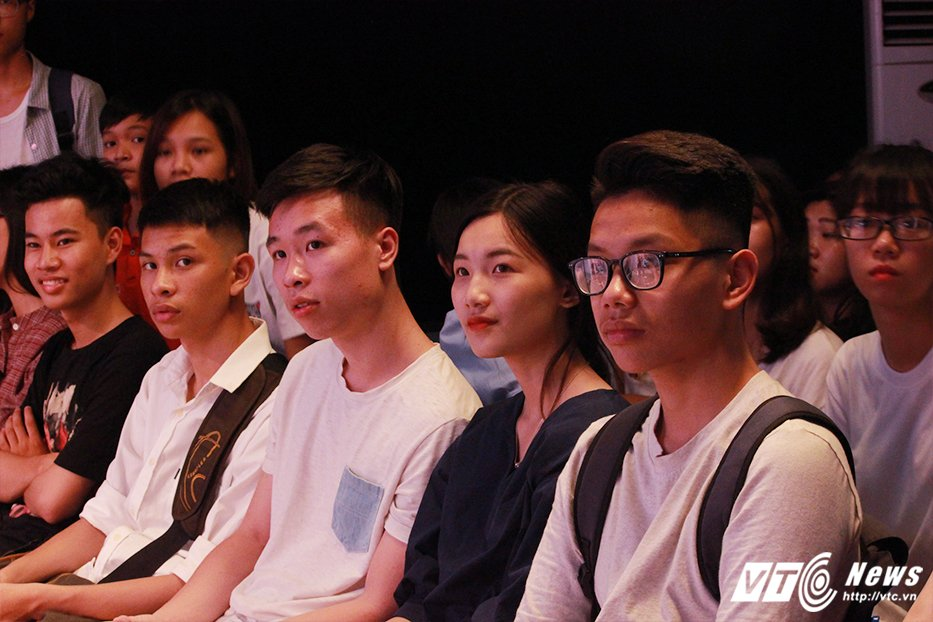 Gan 1.000 hoc sinh hao huc tham du 'Ngay hoi chinh phuc AJC' hinh anh 6