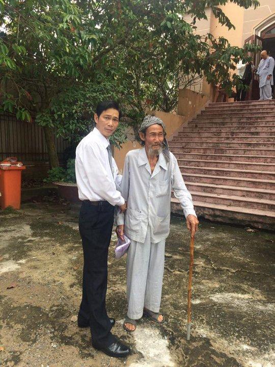 Nguyen nhan khién cụ ong 84 tuỏi bị con ruọt quyét bỏ tù hinh anh 2