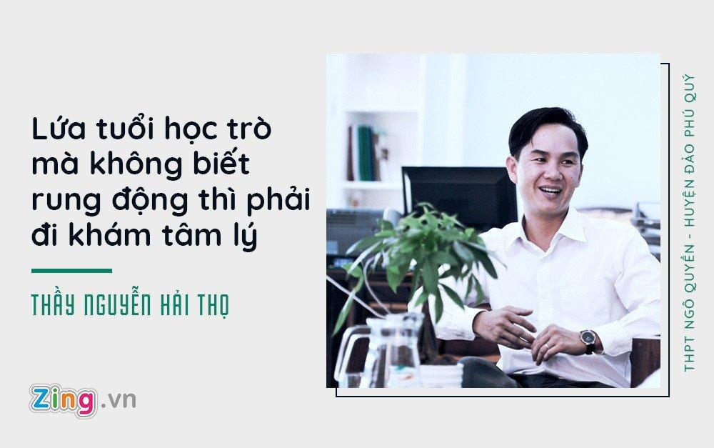 Hieu truong o Phu Quoc cho hoc sinh dung dien thoai, trang diem khi toi truong hinh anh 2