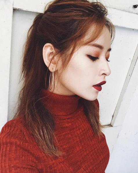 Hot girl Viet phoi do Giang sinh cuc xinh tu nhung phu kien don gian hinh anh 3