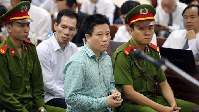 Xu 'dai an 800 ty dong' lien quan den ong Dinh La Thang: Trieu tap Ha Van Tham lam chung hinh anh 1