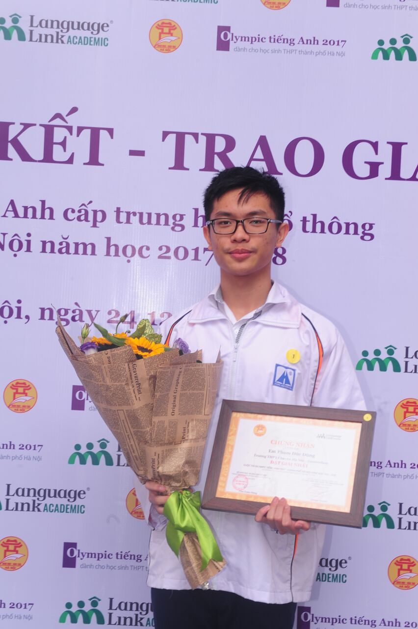 Dieu dac biet trong cuoc thi Olympic Tieng Anh THPT o Ha Noi hinh anh 1