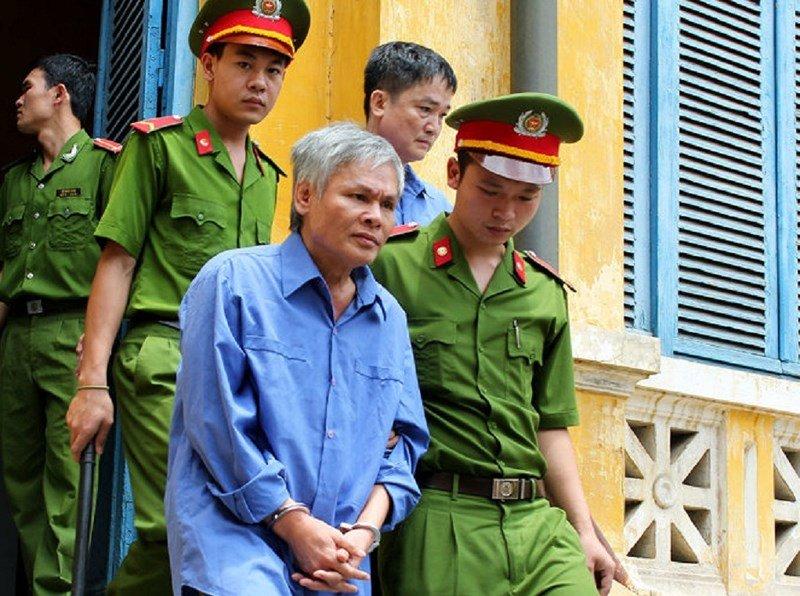 Nguyen truong ban Bao hiem xa hoi Viet Nam vua bi khoi to la ai? hinh anh 1