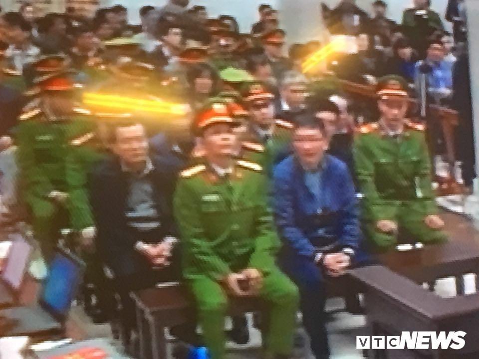 Ong Dinh La Thang, Trinh Xuan Thanh binh tinh tra loi truoc toa hinh anh 7