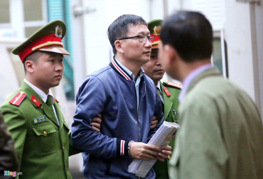 Ong Dinh La Thang, Trinh Xuan Thanh binh tinh tra loi truoc toa hinh anh 3