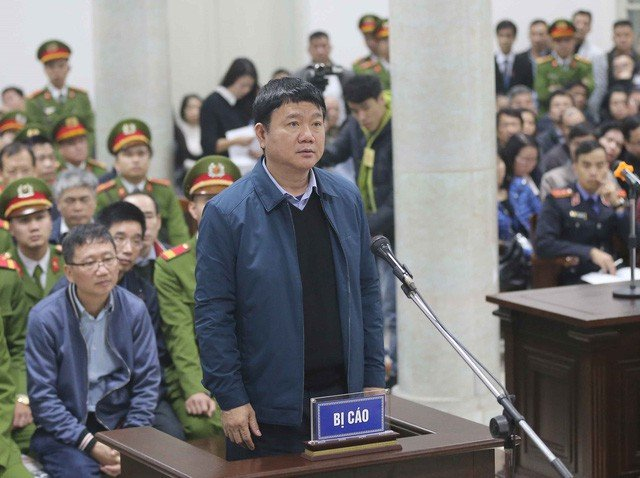 Ong Dinh La Thang: 'Bi cao nong voi dan den vi pham quy trinh thu tuc' hinh anh 1