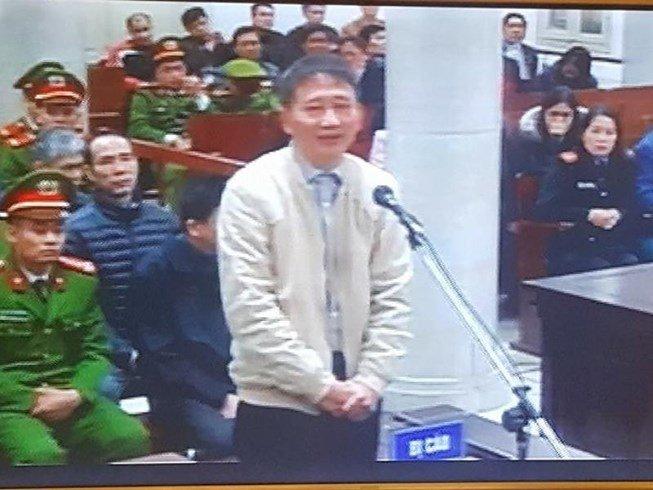 Luat su chat van dieu tra vien: 'Can cu nao noi bi cao Trinh Xuan Thanh khai bao khong thanh khan?' hinh anh 1