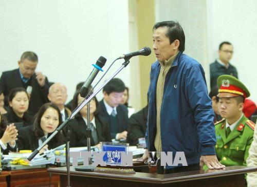 Ong Dinh La Thang: 'Khong co chuyen biet sai pham ma van thuc hien' hinh anh 2