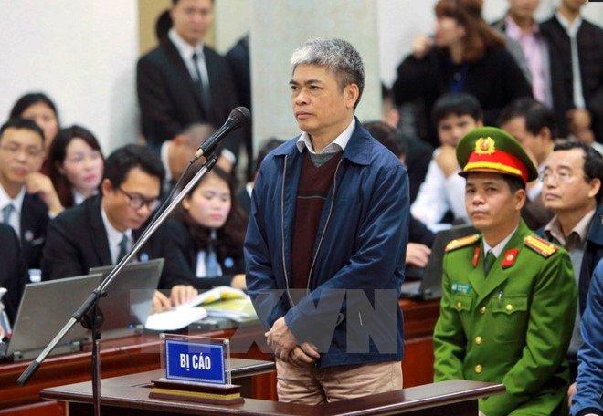 Luat su vu ong Dinh La Thang: 'Nguyen Xuan Son khong lien quan den sai pham Hop dong 33' hinh anh 1