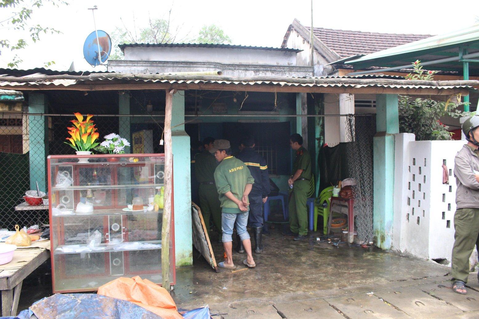 Cháy nhà ỏ Quảng Nam, mọt nguòi phụ nũ chét thảm hinh anh 1