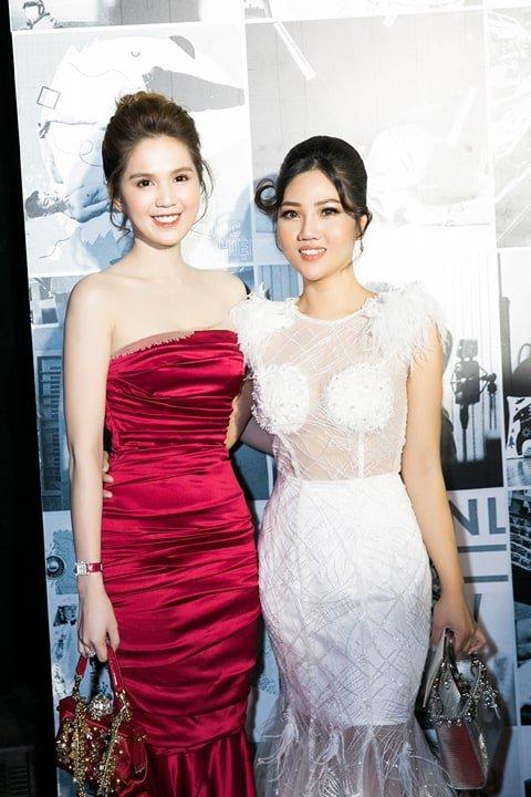 Hoa hau Tuyet Nhung goi cam tren tham do WeChoice Awards 2017 hinh anh 9