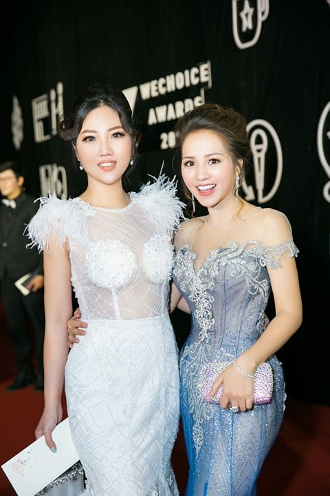 Hoa hau Tuyet Nhung goi cam tren tham do WeChoice Awards 2017 hinh anh 5