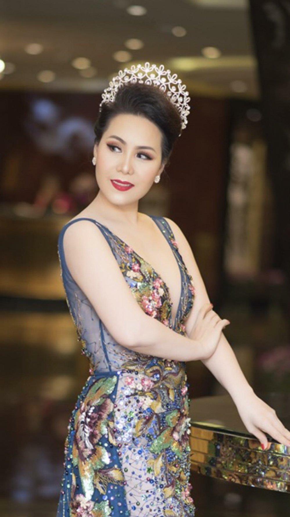 Nu hoang Kim Chi: 'Khong bao gio la muon cho su khoi dau moi' hinh anh 1