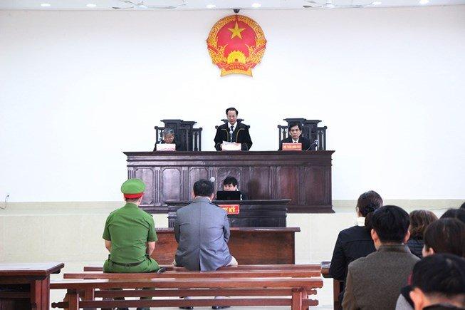 Nhan tin doa giet Chu tich UBND TP Da Nang: Mot bi hai xin giam an cho Dao Tan Cuong hinh anh 1