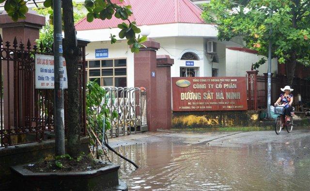 Bat tam giam nguyen Giam doc Cong ty Duong sat Ha Ninh hinh anh 1