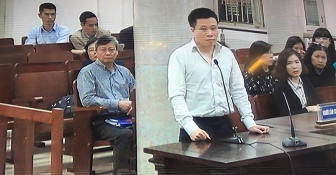 Ong Ha Van Tham: 'Non nong muon PVN gop von vao Oceanbank nen nhiet tinh hoi thai qua' hinh anh 1