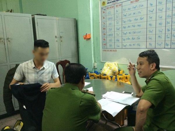 Phong vien bi hanh hung khi tac nghiep tai quan bar o Da Nang: Khoi to vu an hinh anh 1