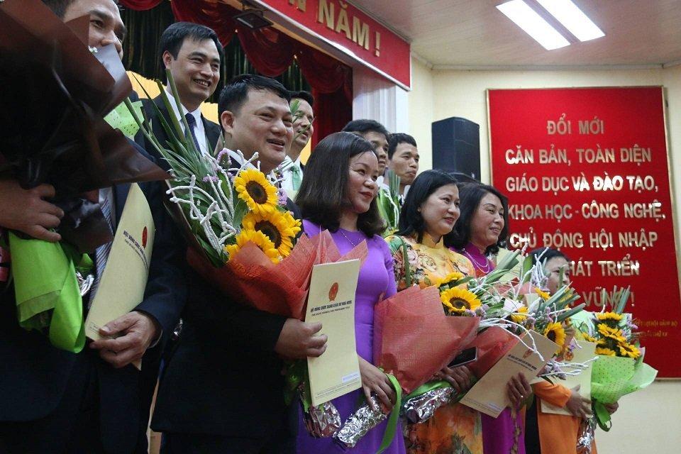 'Lao muon Viet Nam tu van xay dung quy trinh xet va phong GS, PGS' hinh anh 1