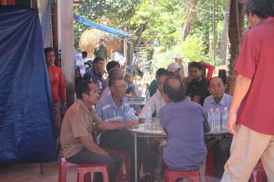 Que ngheo Binh Dinh dam nuoc mat don thi the hiep si Nguyen Van Thoi hinh anh 1