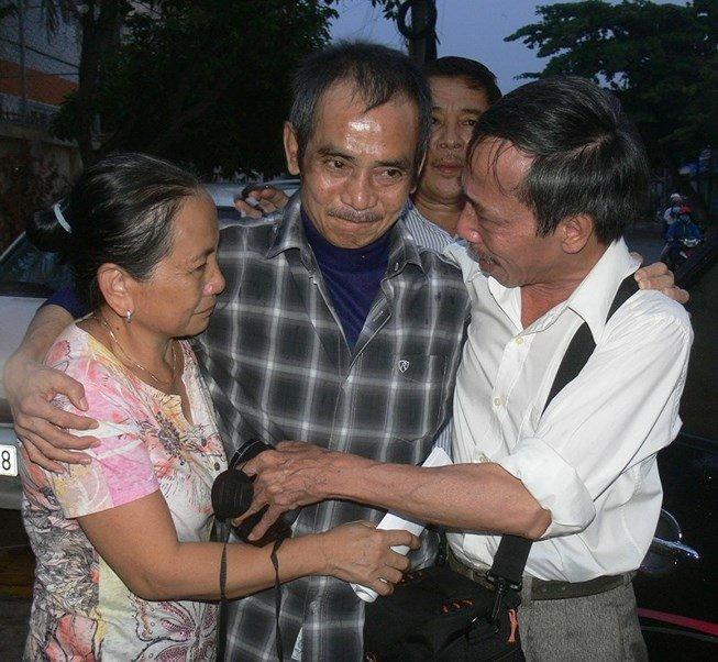 Vi sao nhung nguoi lam oan ong Huynh Van Nen chi bi kiem diem, rut kinh nghiem? hinh anh 1