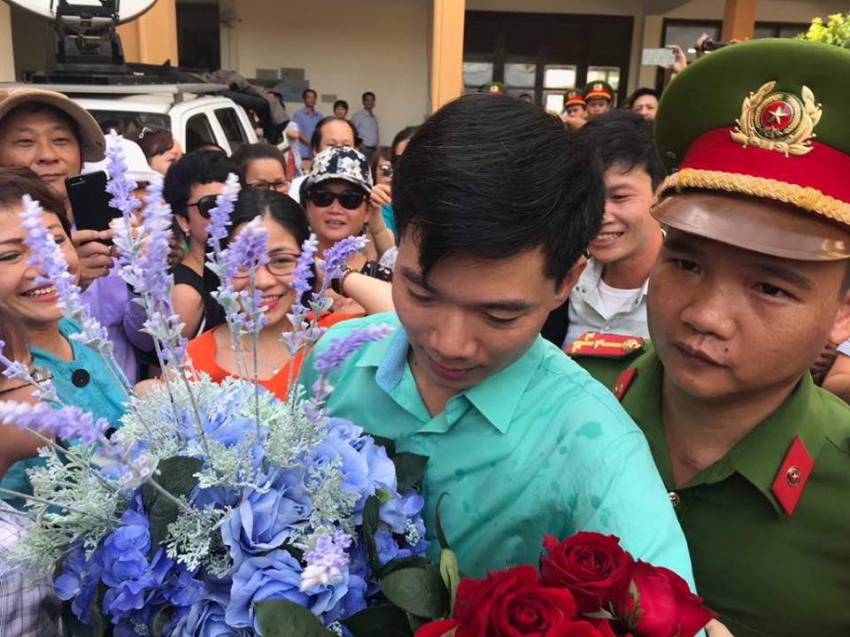 Toa tra ho so, bac si Hoang Cong Luong: 'Toi cam thay hoi buon va hut hang' hinh anh 1