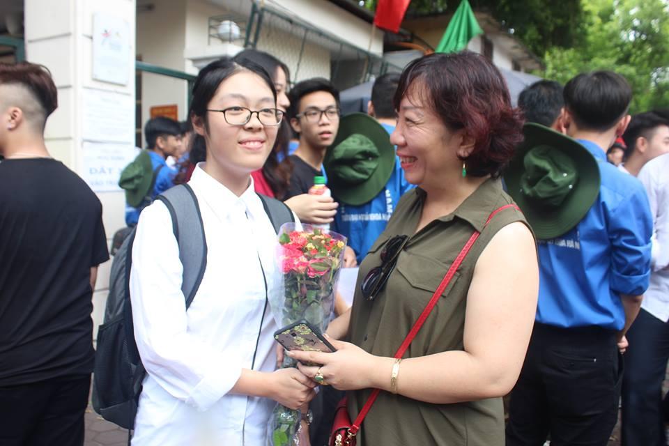 'Chiec thuyen ngoai xa' vao de thi Van THPT Quoc gia 2018, thi sinh than dai va kho hinh anh 10