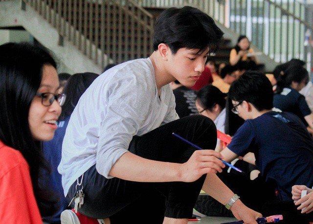 Loat hot teen dang tat bat thi THPT Quoc gia 2018 hinh anh 18