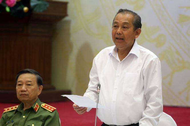 Thuong tuong Le Quy Vuong: Danh bac tren mang dien ra cong khai hinh anh 2
