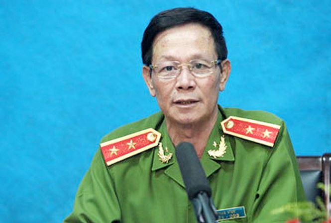 Cuu Trung tuong Phan Van Vinh nhap vien anh huong the nao toi qua trinh xet xu vu an? hinh anh 1