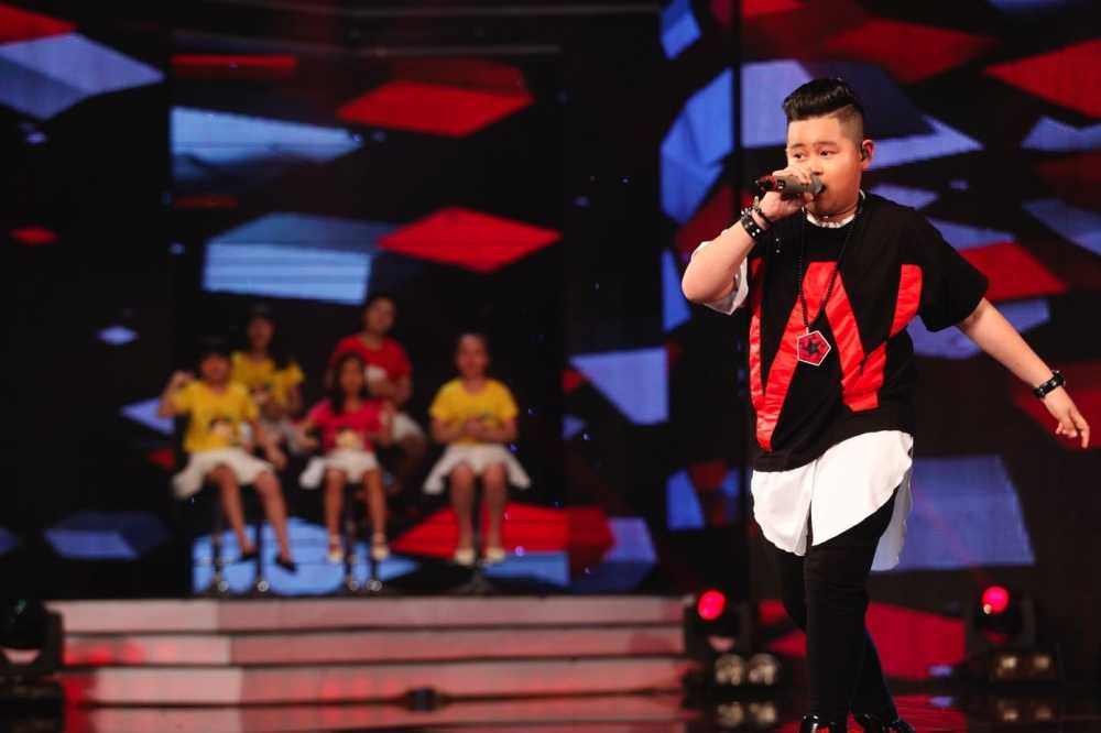 Vietnam Idol Kids: Than dong dan ca Ho Van Cuong khien Isaac 'rung tim' hinh anh 9