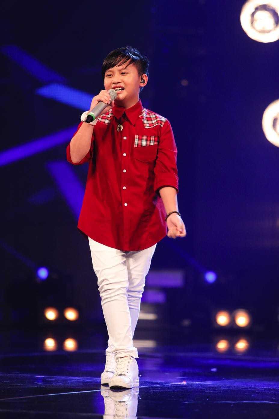 Vietnam Idol Kids: Than dong dan ca Ho Van Cuong khien Isaac 'rung tim' hinh anh 2