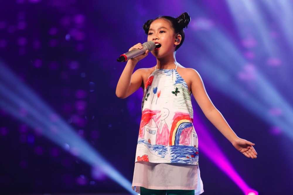 Truc tiep liveshow top 10 Vietnam Idol Kids: 10 'thien than nho' da san sang hinh anh 6