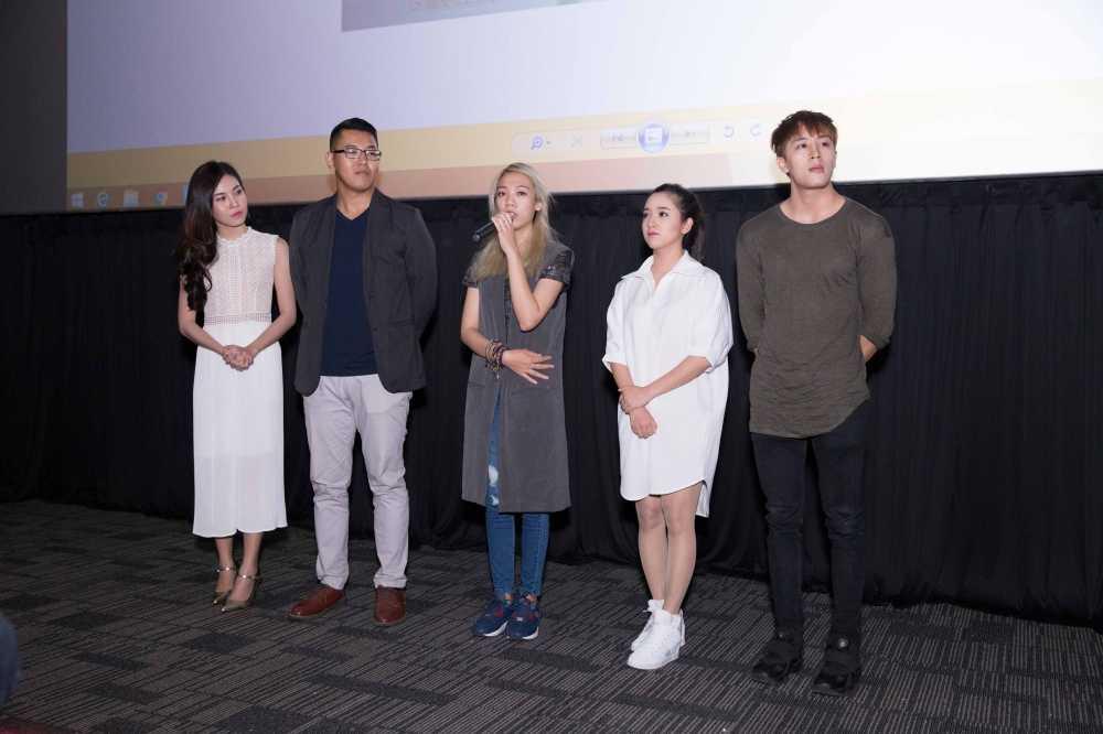 Lam Vinh Hai tron vo di xem phim cung Suni Ha Linh hinh anh 4