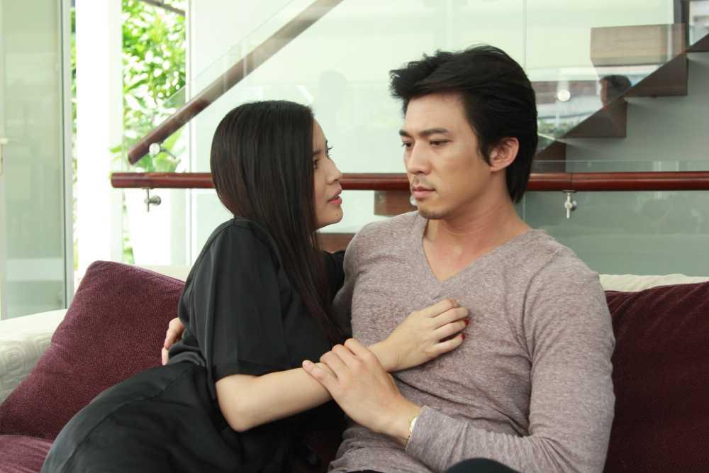 Phim Dong tien quy am: Cao Thai Ha yeu mot luc hai cha con nhung lai duoc ung ho hinh anh 7